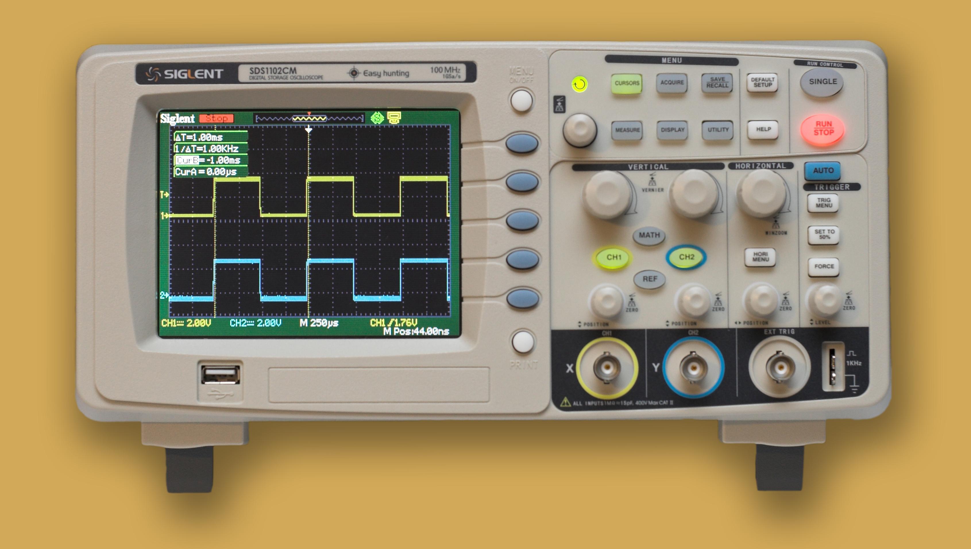 SIGLENT SDS1102CM oscilloscope review